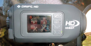 Drift HD mounted - view of the tiny LCD screen
